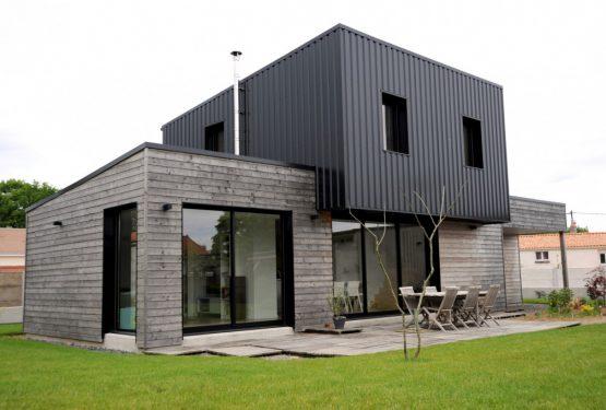 Construction d'une maison à Saint-André-de-la-Marche, par ATELIER 14