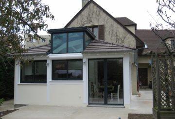 Extension d'une maison à Croissy, par ATELIER DE FLOR