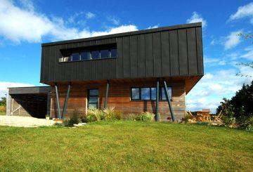 Maison en ossature bois à Cléguer, par ARMOR ARCHITECTURE ASSOCIES