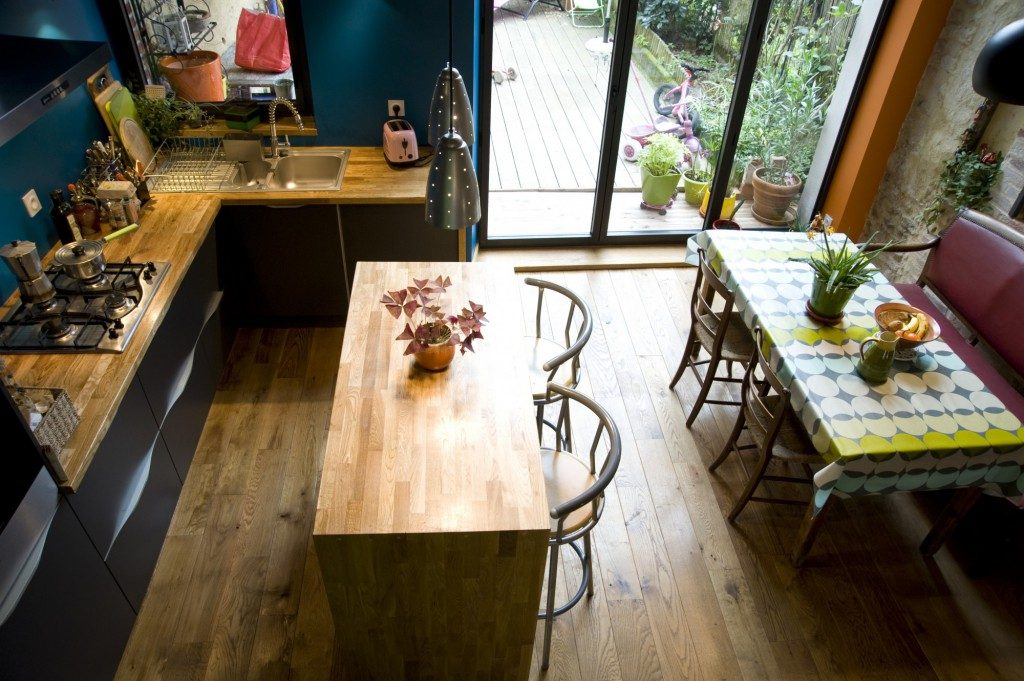 R novation d une maison de ville clisson par atelier 14 for Renovation petite maison de ville