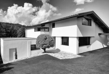 Rénovation et sur-élévation d'une maison d'habitation, par MAISONNET PATRICK ARCHITECTE