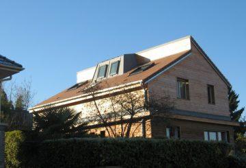 Surélévation d'une maison à Louveciennes, par ATELIER DE FLOR