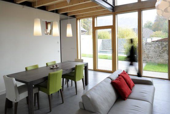Transformation-dune-grange-en-habitation-MAISONNET-PATRICK-ARCHITECTE-2