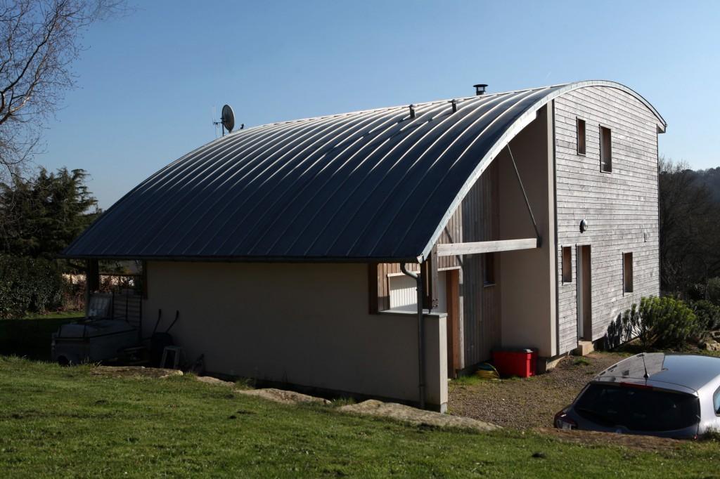 Une maison bioclimatique au coeur du pays de vannes par patrice bi - Patrice bideau architecte ...