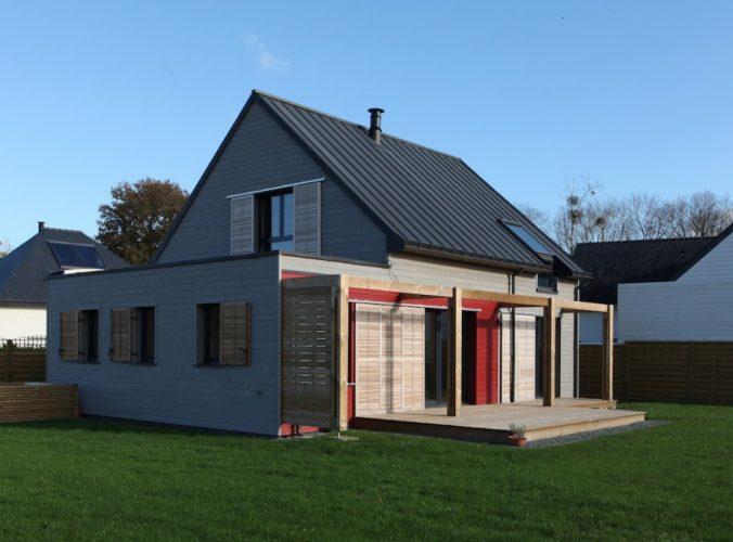 UNE MAISON RT 2012 PRES DE SAINTE ANNE D'AURAY EN BRETAGNE, par a.typique Patrice BIDEAU architecte DPLG