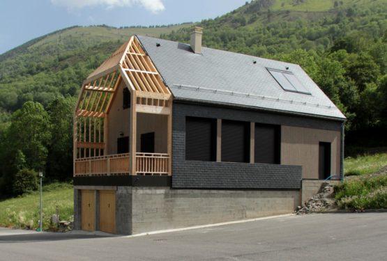 construction d'une maison dans la vallée du Louron (65), par Atelier S … pour des architectures