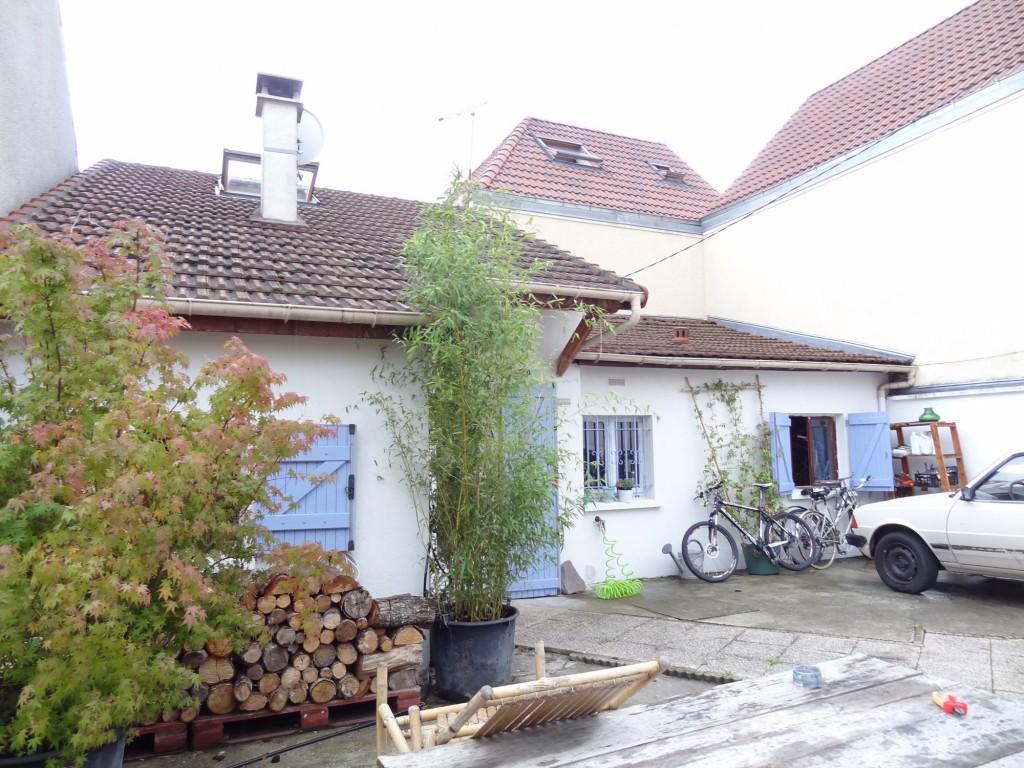 Extension et sur l vation par architectures services maison d 39 architecte - Maison s par domenack arquitectos ...