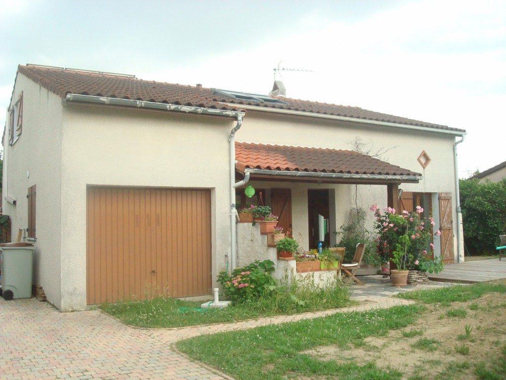 Extension et surelevation d une villa tournefeuille par for Greentown villas 1 extension