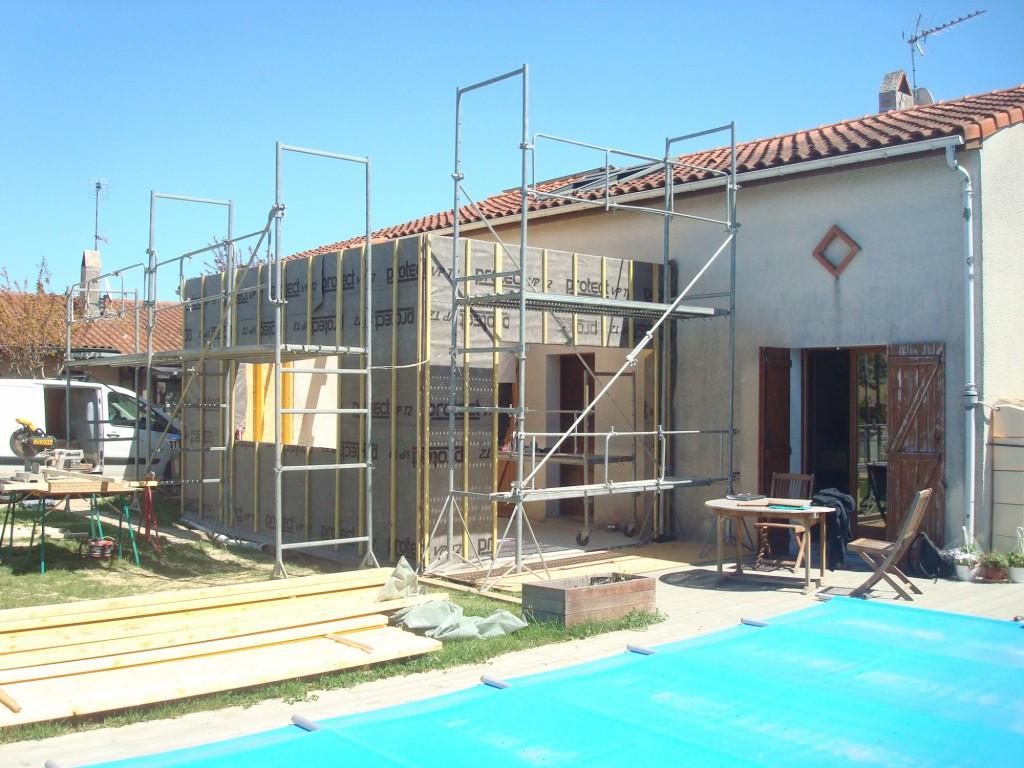 Extension et surelevation d une villa tournefeuille par for Extension architecte