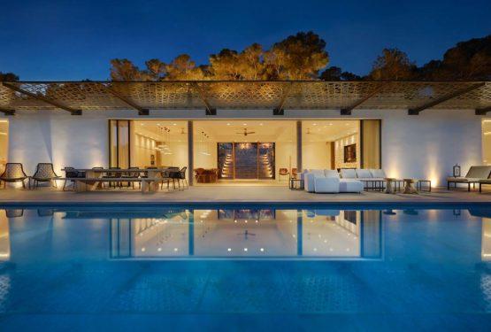 Villa The Rock Ibiza, par Zsofia Varnagy Architecture d'Intérieur