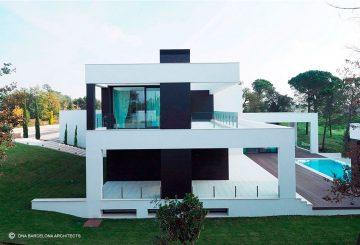 LUXURY HOUSE PGA GOLF 09 GIRONA, SPAIN, par DNA Barcelona Architects