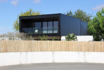 Surélévation F., par Armonie Architecture