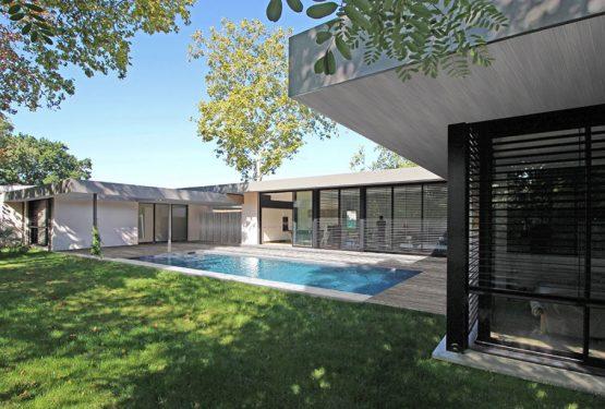 Villa d'exception à patios, par Atelier Scénario