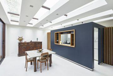 Extension et aménagement intérieur d'une maison en meulière, par AHA – Alexandre Hordé Architectes