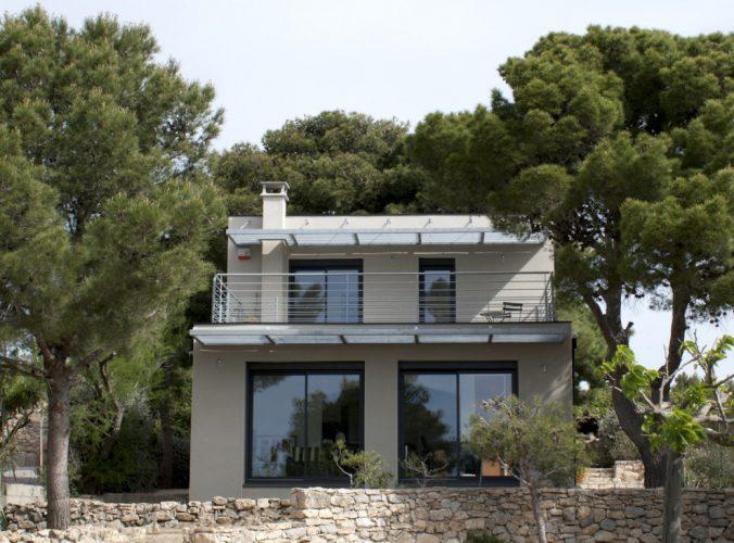 Extension et surélévation d'une villa, par Gilles Fages Construction