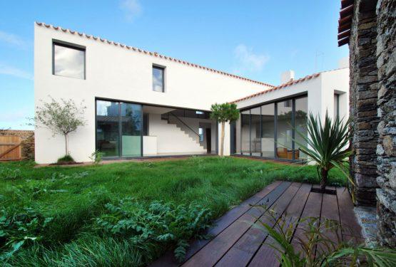 Maison contemporaine à l'Ile Yeu, par SKP architecture